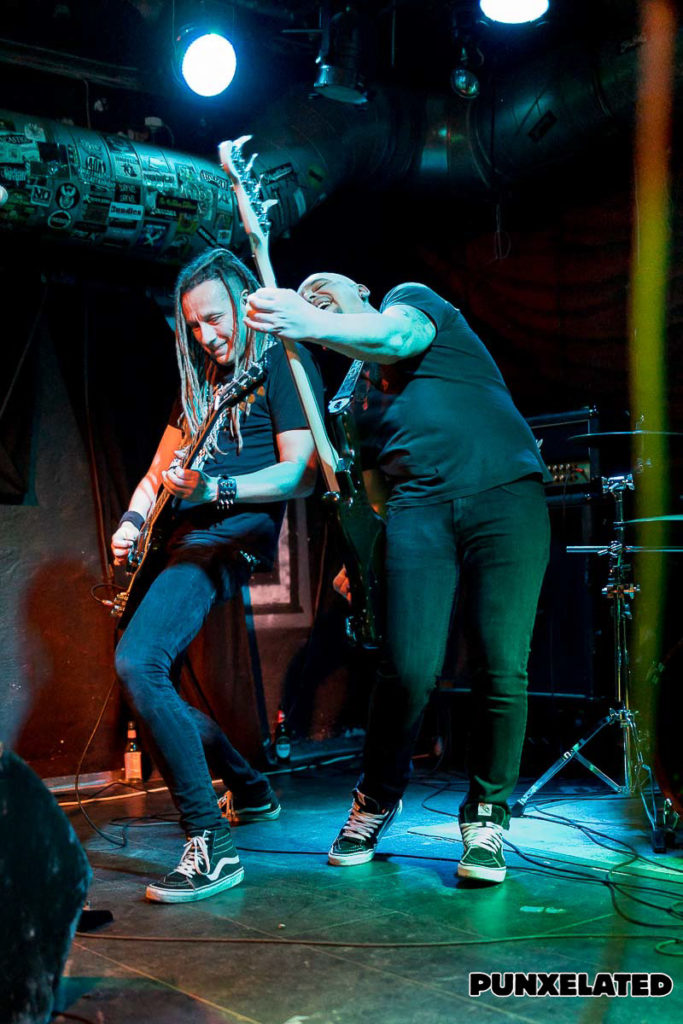 Skin of Tears / Young Hearts / North Alone / Snareset – Wermelskirchen